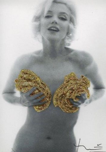 Marilyn. Classic Gold Roses (1962)