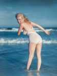Marilyn Monroe. La Plage. 1949 - click to enlarge