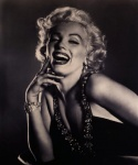 Marilyn (Glamour) - click to enlarge